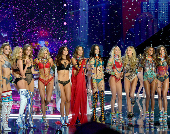 Victoria's Secret Fashion Show 2017.